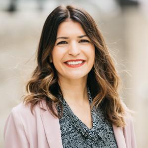 Photo of Lindsay Bujnoch