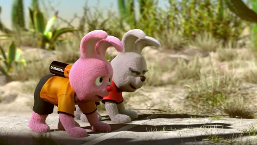 the duracell pink bunny in a race