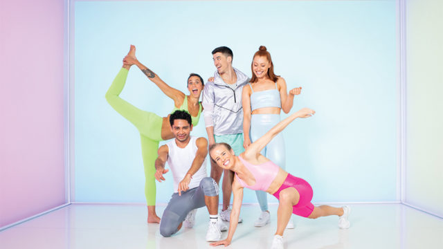 A group of people posing