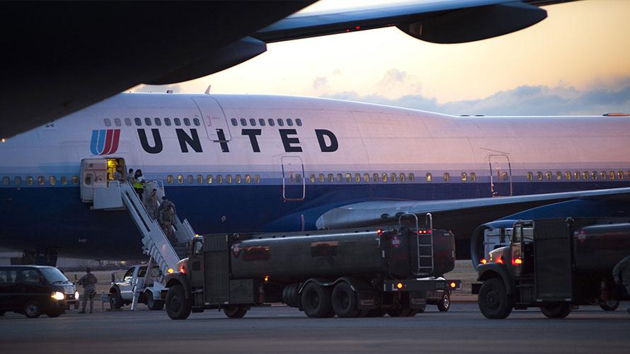 Photo of United plane
