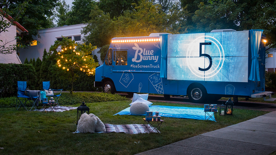 Photo of Blue Bunny's 'ice screen' truck