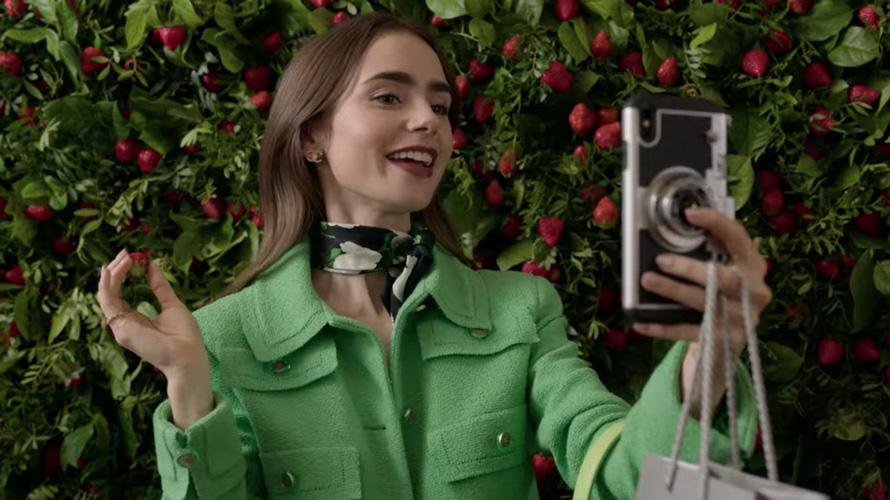 emily in paris selfie
