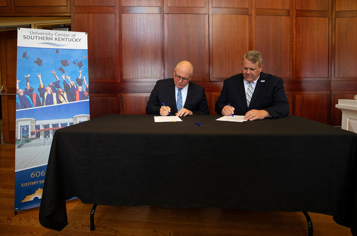 UK, Somerset Community College sign MOU for University
