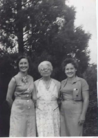 Kathryn, Irene, & Florence (Spring) Fink, Ohio 1960
