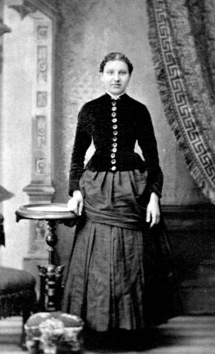 Unknown Manitowoc woman