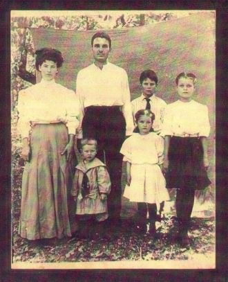 Early Pete & Easter family