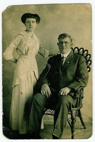 unknown couple - Litchfield & Williamson