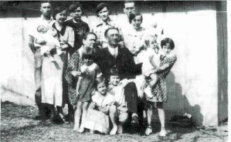 James and Lydia Bloss Family