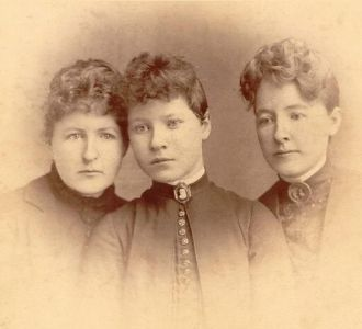 Sisters Margaret, Marthena, and Clara Kerr