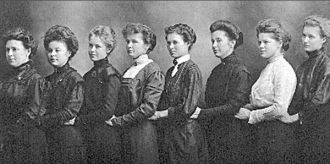 Puetz Family Girls, 1905