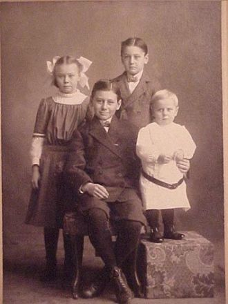 Children of Edward E., and Maude Knauss Gardner