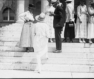 Suffragettes at court house injunction precedings, July...