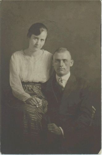 Russell & Mary Lee Mynhier, 1920