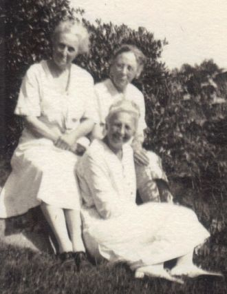 Choate Sisters - Susie, Helen and Jessie