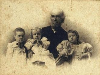 Horatio Davison with grandchildren