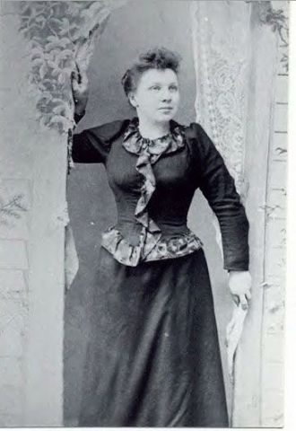 Esther Gordon Calkins