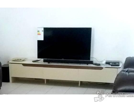 "TABLE TELE + TELE SAMSUNG 43"" LED FULL HD"
