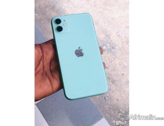 iPhone 11 64go couleur vert