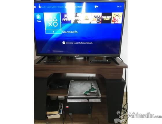 PS4 slim noir 500 giga