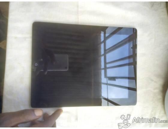 MacBook, IPad