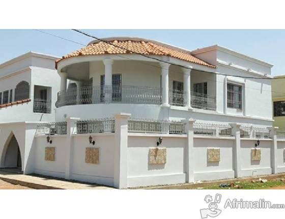 louer une chambre de sa maison agrandir sa maison par une extension pour y loger une chambre un. Black Bedroom Furniture Sets. Home Design Ideas