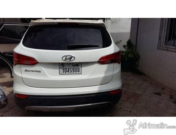 Hyundai Santa Fe 2015 for sale.