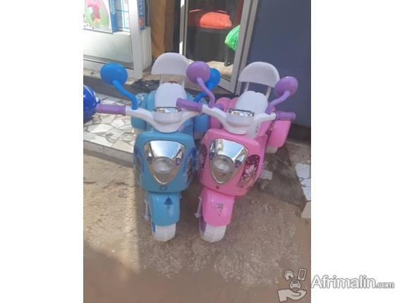 jouets et accessoires pour enfants