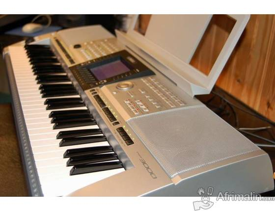 PIANO YAMAHA PSR-3000 À VENDRE