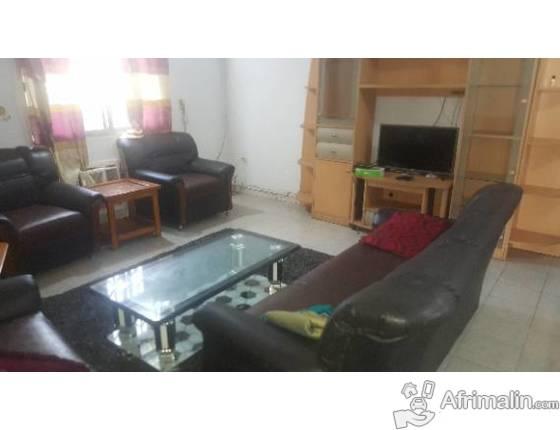 Appartement de 3 chambres meublé à kipé