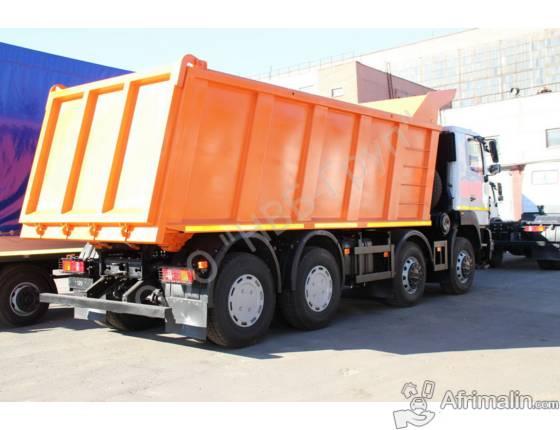 Camion sortie d'usine à 12 roues de marque MAZ.