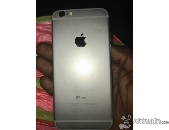 Un téléphone iPhone 6