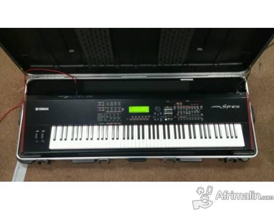 Yamaha S90ES Piano, 88 Keys