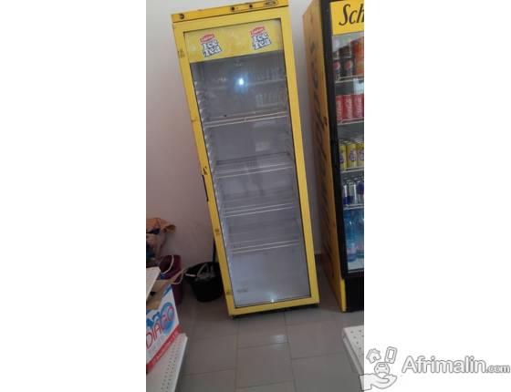 frigo en vitre a vendre bamako r gion de bamako mali. Black Bedroom Furniture Sets. Home Design Ideas