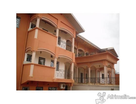 1 Appartements de 02 chambres à louer à Mvan, Yaoundé. 175.000 F CFA le mois