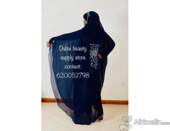 Des robes abaya disponible