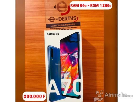 Smartphone SAMSUMG A70