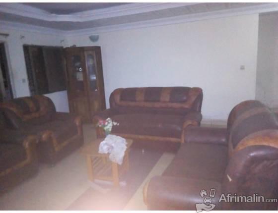 Meubles de chambre et salon complet  à vendre.