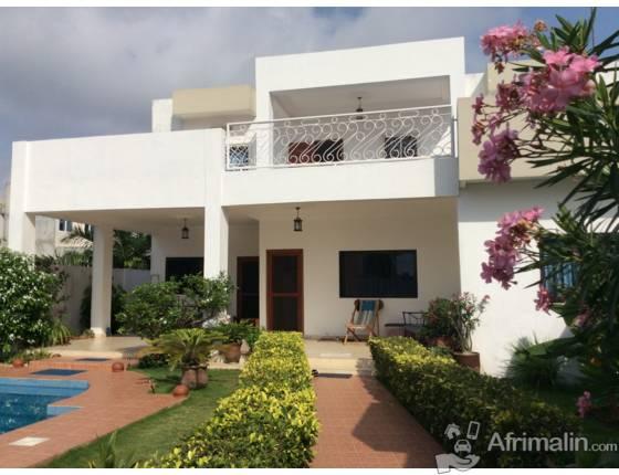Villa cotonou cotonou r gion du littoral b nin for Acheter une maison a abidjan