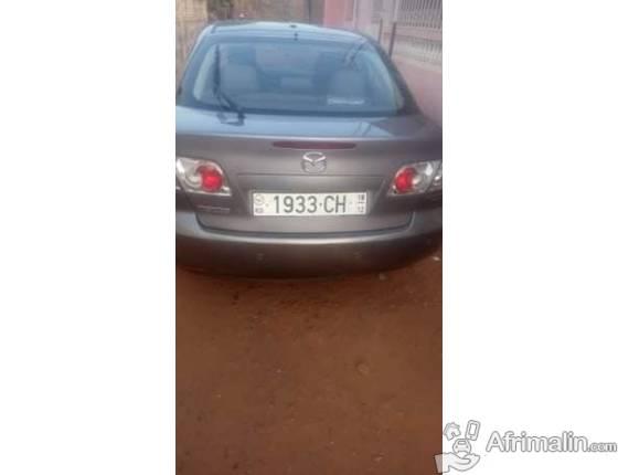 Une voiture Mazda 6 a vendre