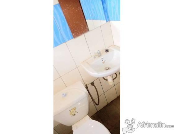 2 Chambres salon sanitaire