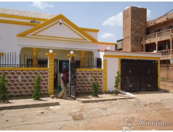 villa a vendre a baco djicoroni golf bamako bamako. Black Bedroom Furniture Sets. Home Design Ideas