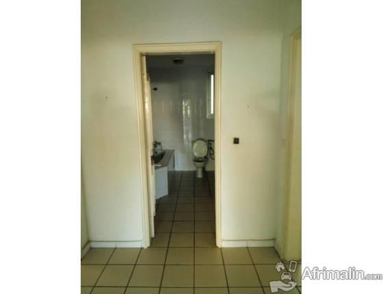 Appartement à louer au point E