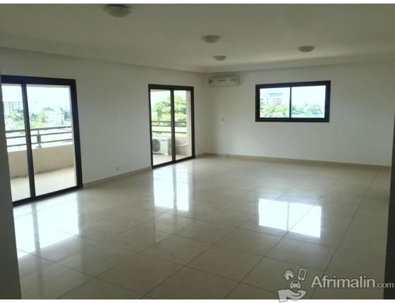 a louer bietry appartement 4 pieces abidjan r gion d 39 abidjan c te d 39 ivoire appartements. Black Bedroom Furniture Sets. Home Design Ideas