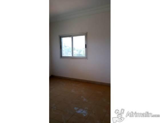 Une villa duplex de 22 bureaux à louer à Ouaga 2000 dans la zone A
