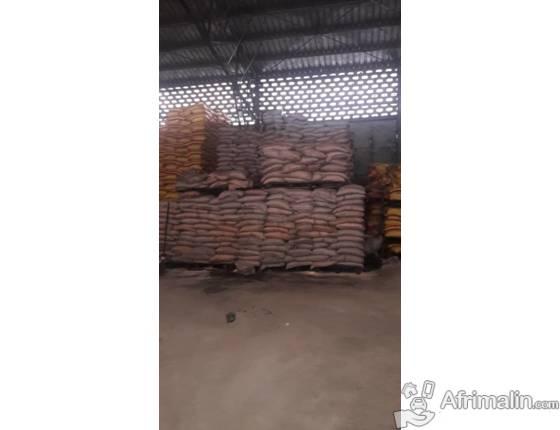 au port vente 5000tonnes  de sucre de 50kg