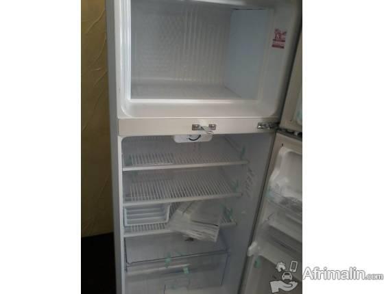 Réfrigérateur 195L SHARP SJ-20U