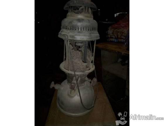 Ancien lampe AIDA