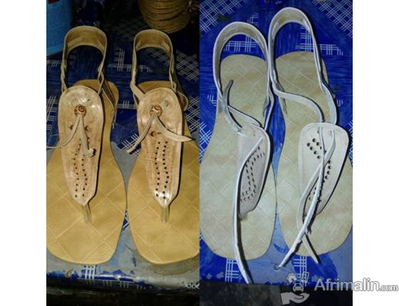 Des chaussures en cuir