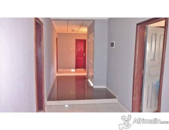 Appartement meublé de deux chambres à Kipé