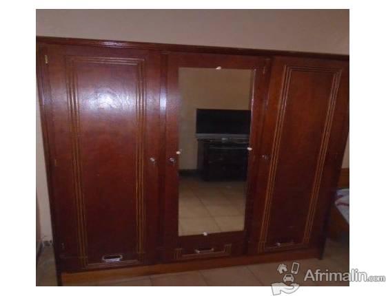 Jolie armoire a vendre
